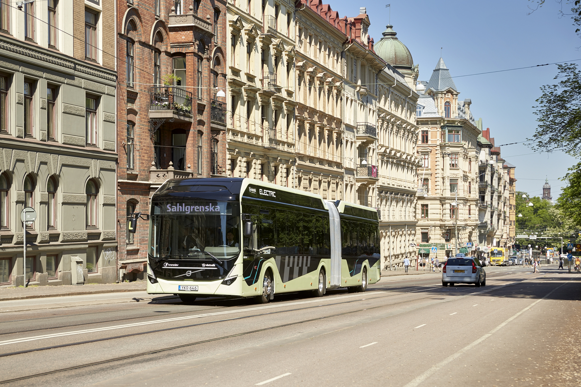 volvo 7900 articulated electric bus