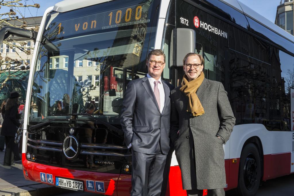 electric bus mercedes ecitaro hamburger hochbahn