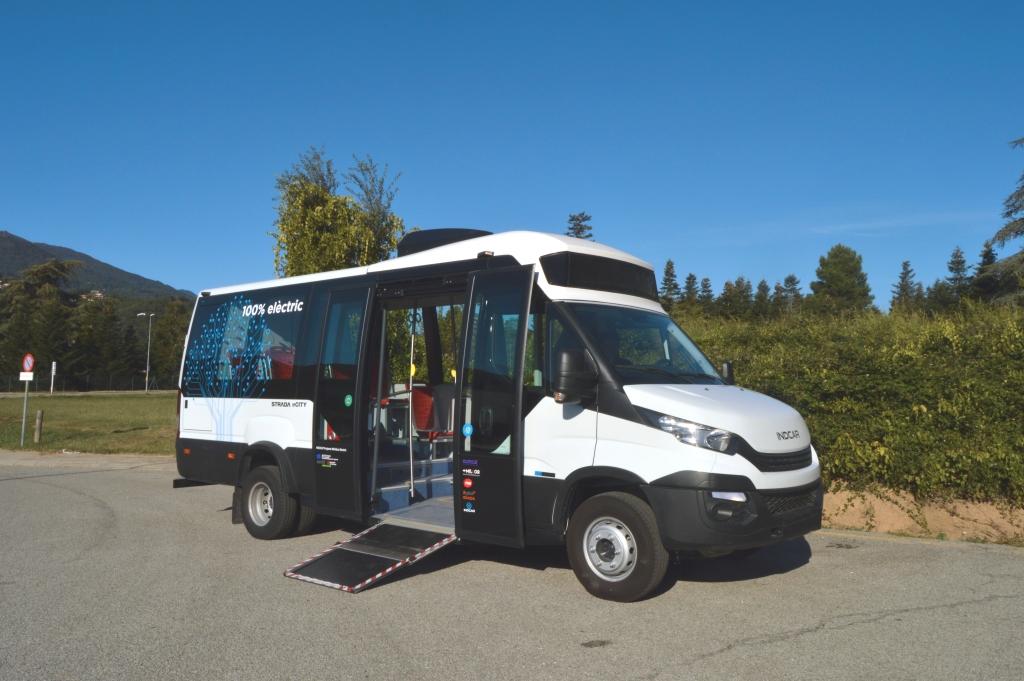 indcar strada e-city electric minibus concept