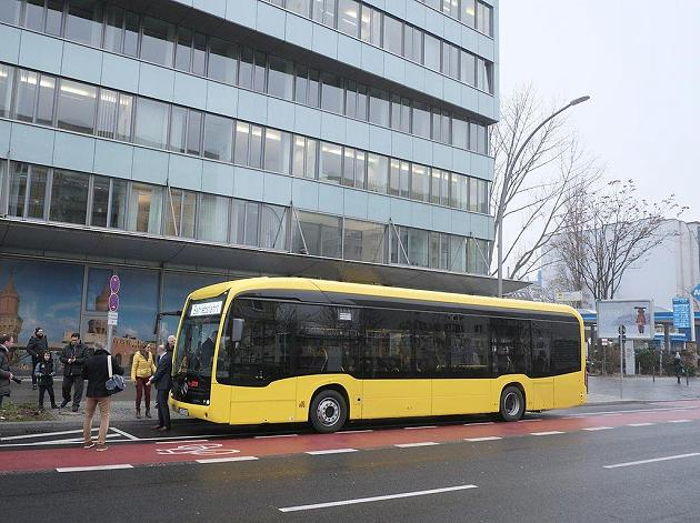 kvg kiel to buy 36 electric articulated buses sustainable bus. Black Bedroom Furniture Sets. Home Design Ideas