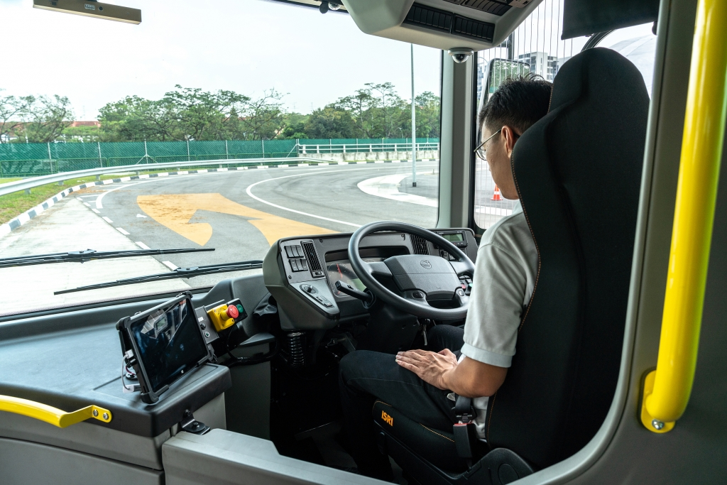 Artificial Intelligence under the bonnet. Volvo Buses unveiled the first driverless bus in Singapore