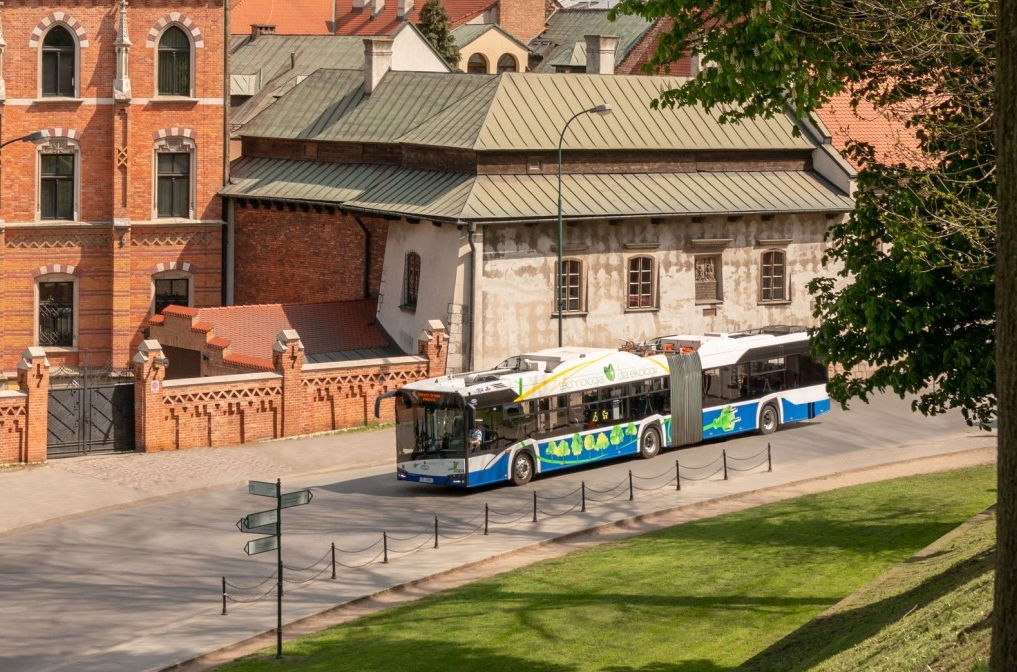 BVG orders 15 Solaris Urbino 18 electric - Sustainable Bus