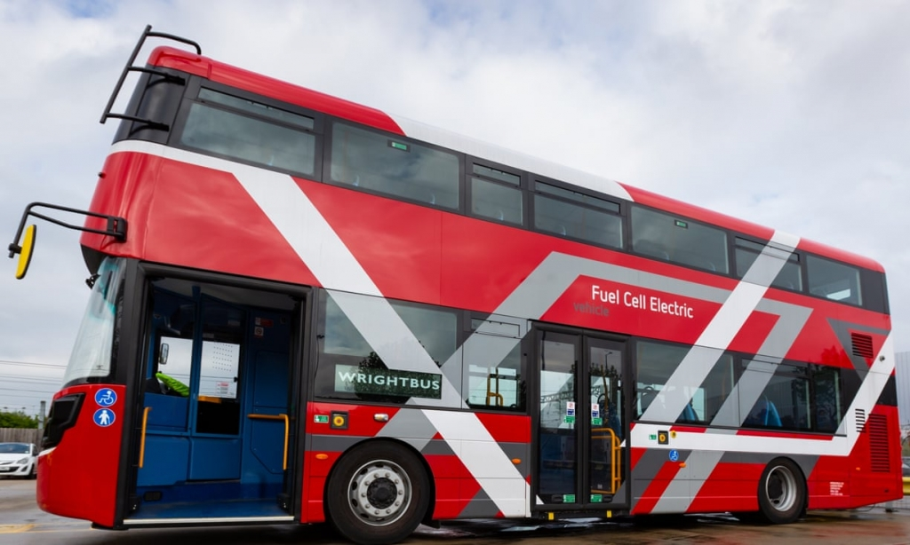20 fuel cell double decker buses will run in London