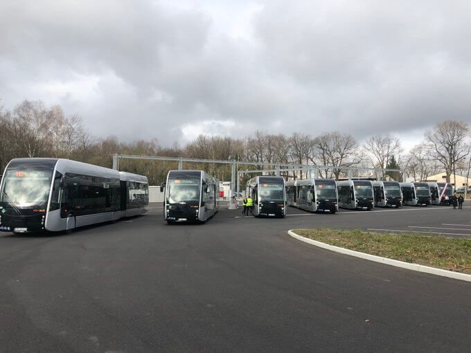 pau fuel cell buses