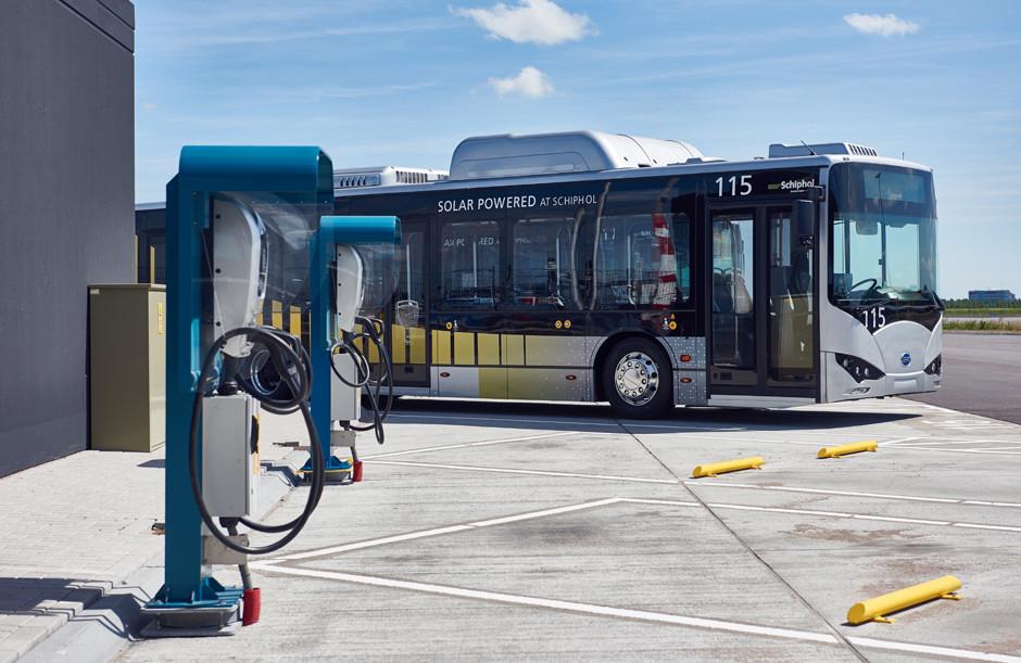 electric bus schiphol arriva tourig