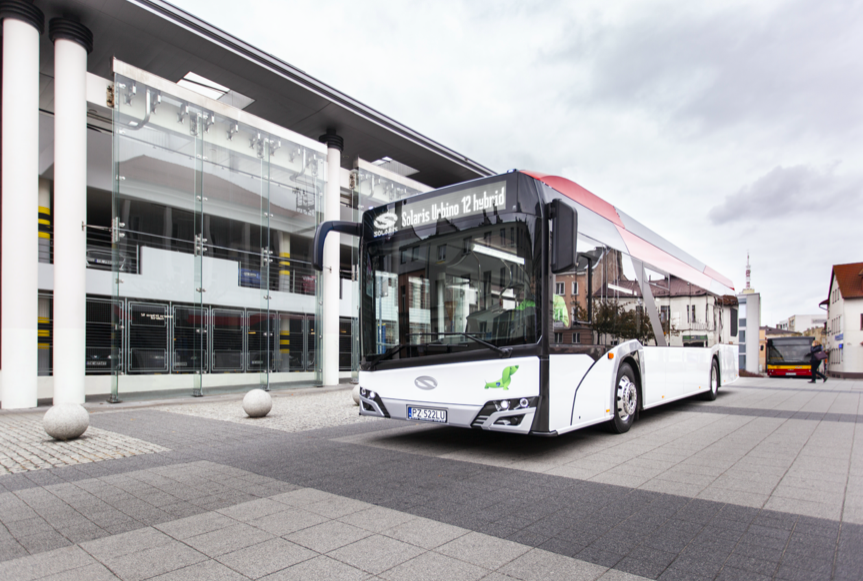low emission solaris buses hybrid