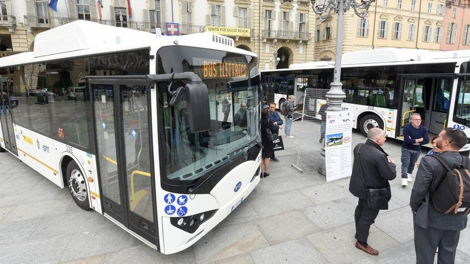 turin electric buses
