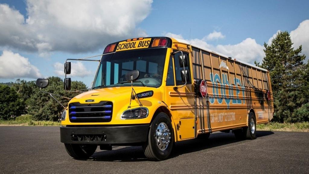 thomas built electric school bus