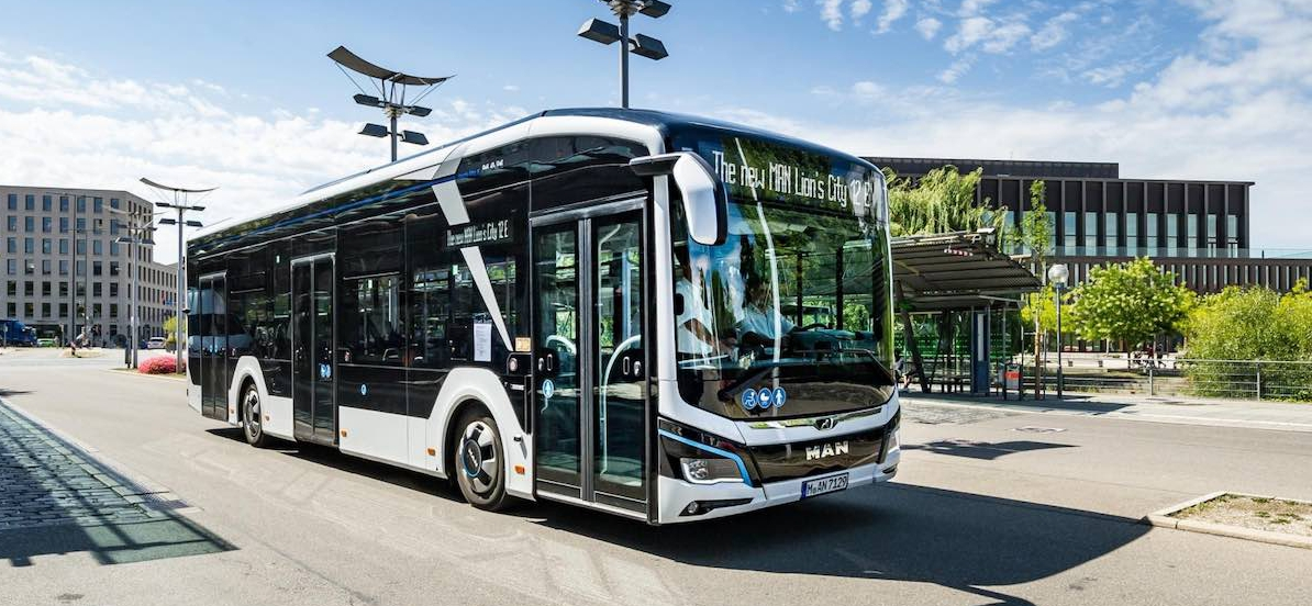 man electric bus