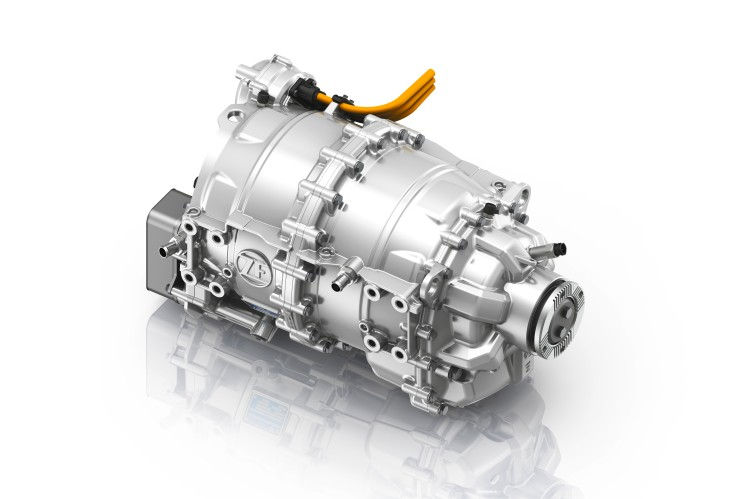 zf cetrax electric motor bus1