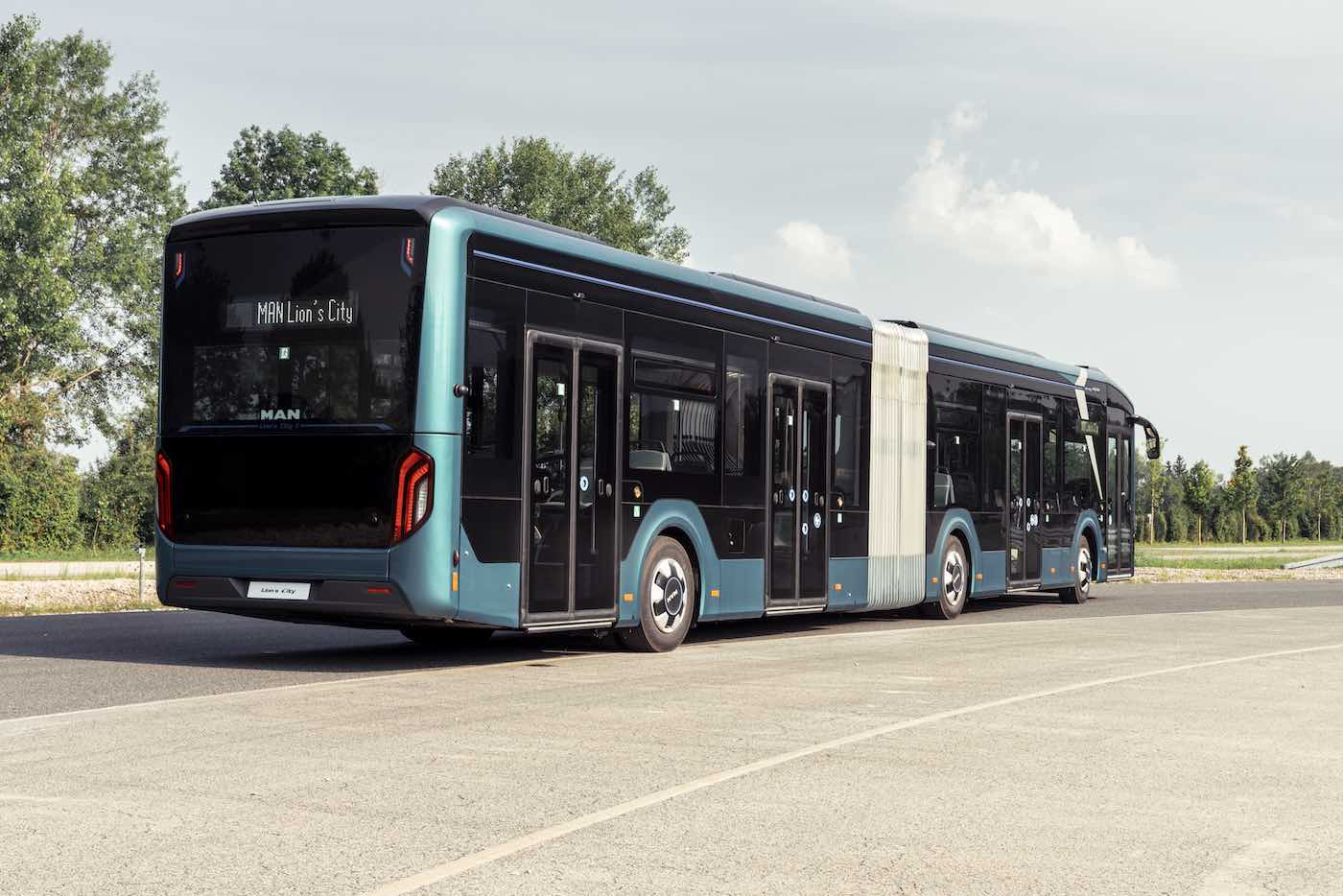 man lion's city 18 e articulated electric bus