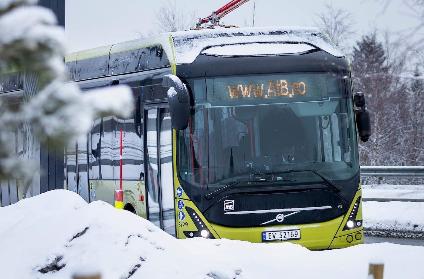 electric bus nordic circle