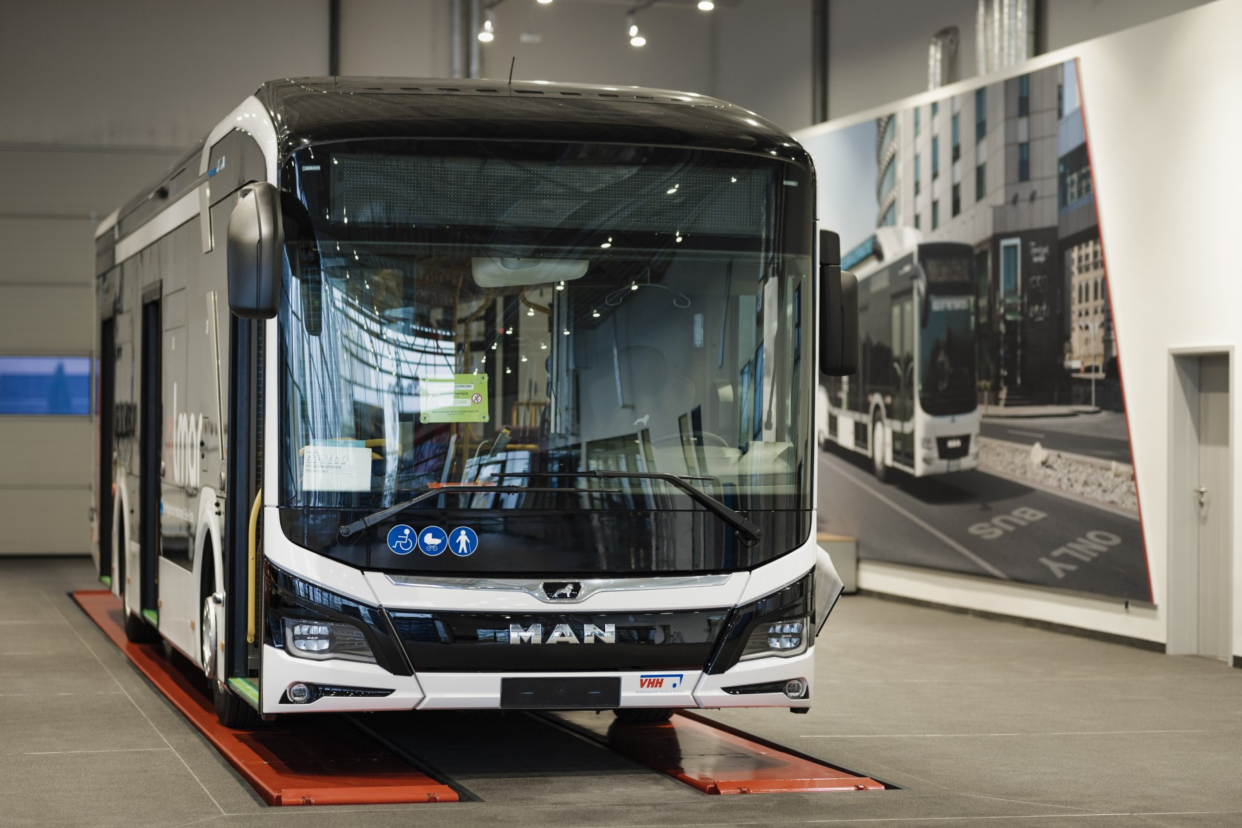series production man electric bus