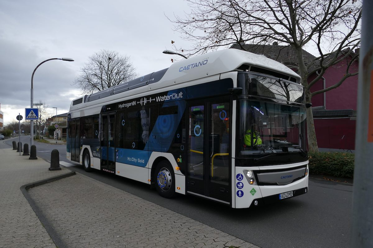 caetano hydrogen bus cologne