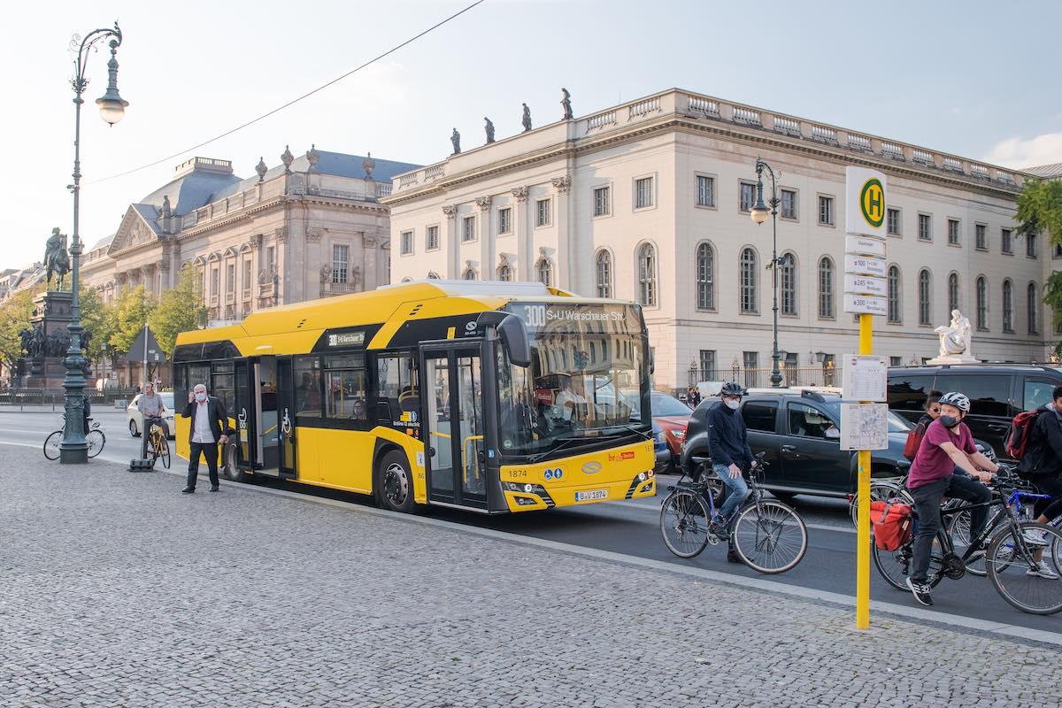 solaris electric buses bvg