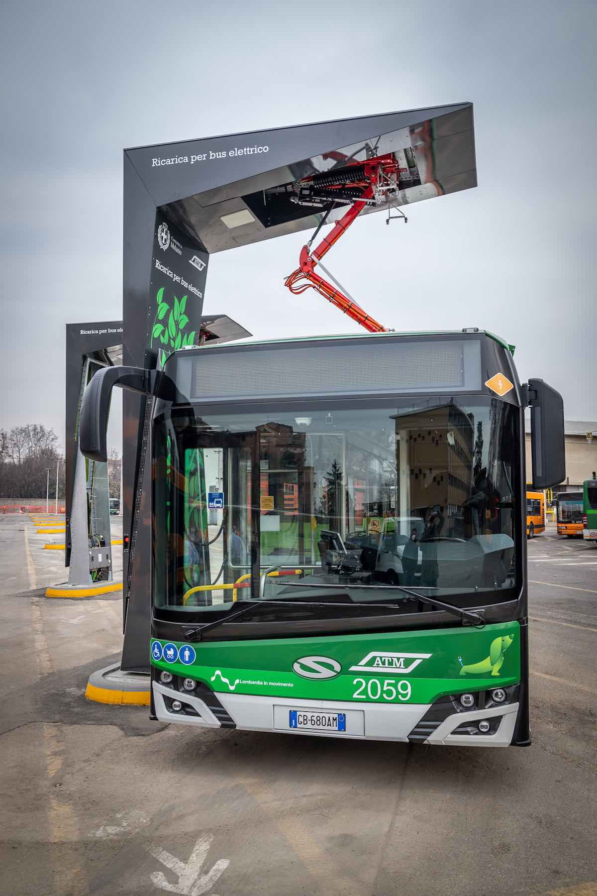 atm fast charging buses