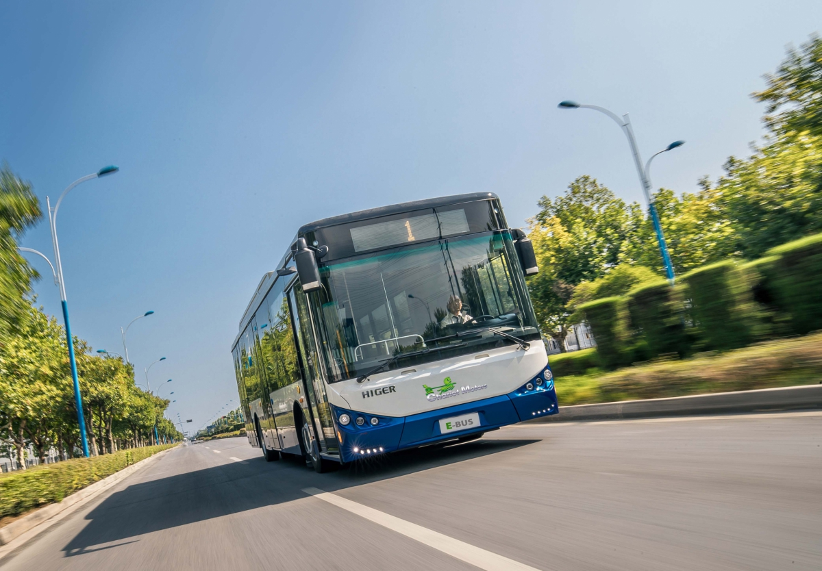 cchariot motors electric bus