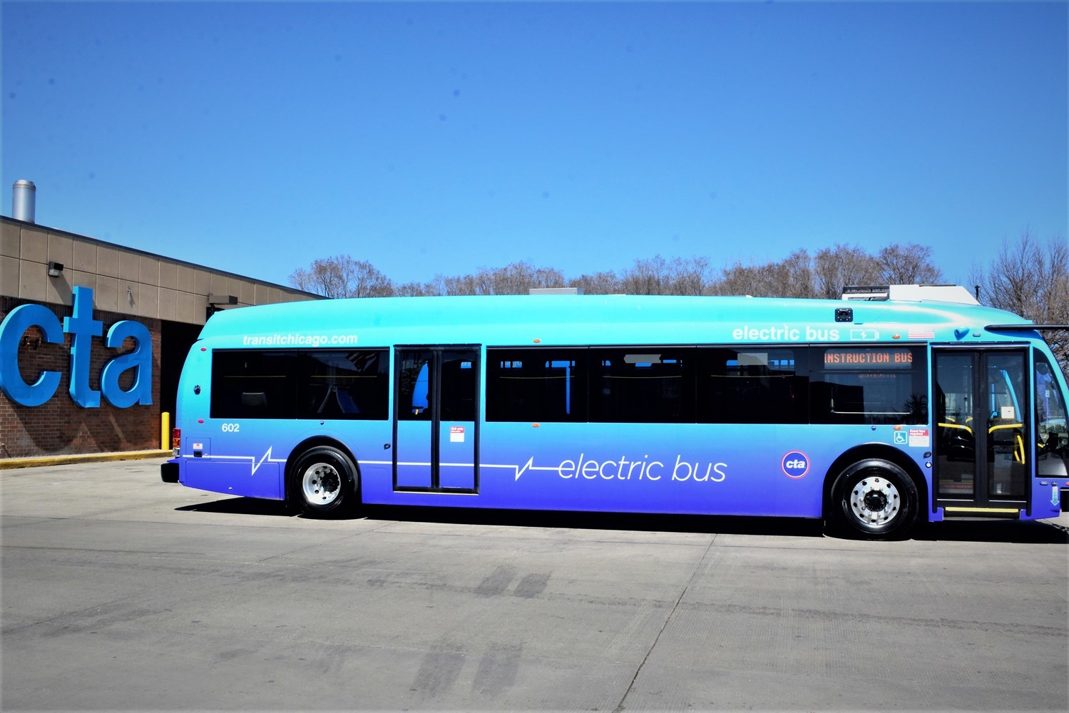 cta chicago electric buses