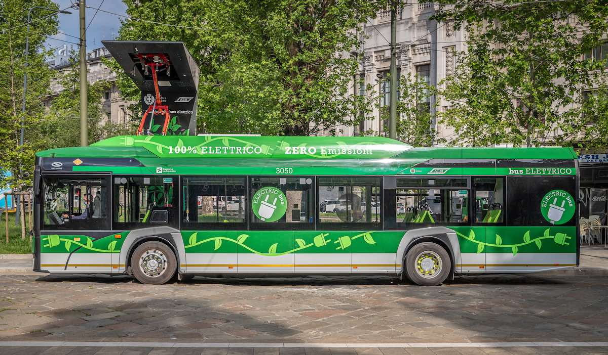 fast charging stations e-bus milan